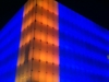 facade_nuit_bleu_orange